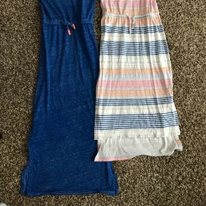 Old Navy Dresses - 2 girls Old Navy maxi dresses